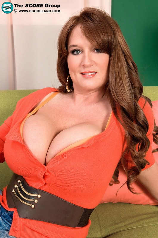 Brandy Dean Summer Sinn Big Tits 70