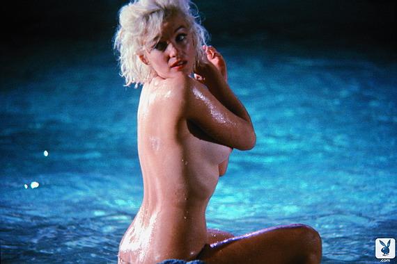 Cindy Crawford Nude Videos