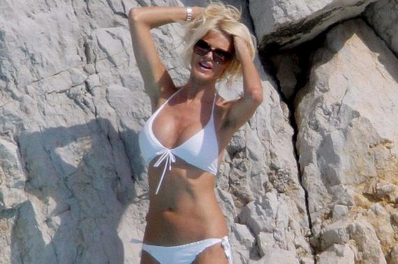 Victoria Silvstedt - bikini candids in Cannes