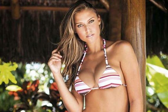 Fernanda Liz In Hot Links