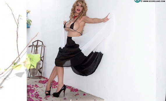 Alyssa Lynn - From Nurse To Porn Star