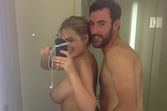 Kate Upton personal hacked photos and other Hot Links