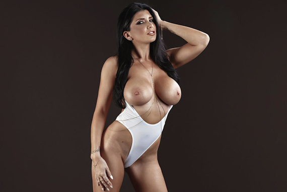 Hot Porn Star Tweet Romi Rain and other Busty Links