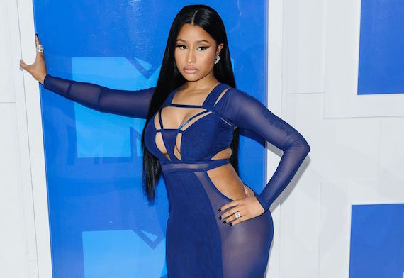 Nicki Minaj was the Baddest at the 2016 MTV Video Music Awards and other Busty Links