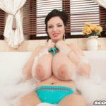 Joana Bliss – Bikini Bath Babe