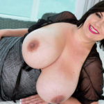 Paige Turner – Worship Her Tits