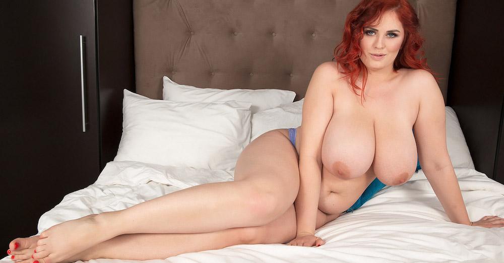 Real hot redhead moms big boobs wallpaper truthordarepics